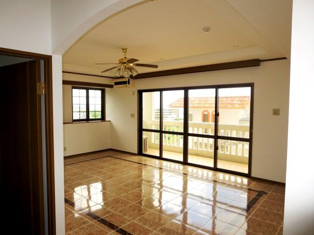 "A Nice Apartment Close to Kadena AB ""Accord"""